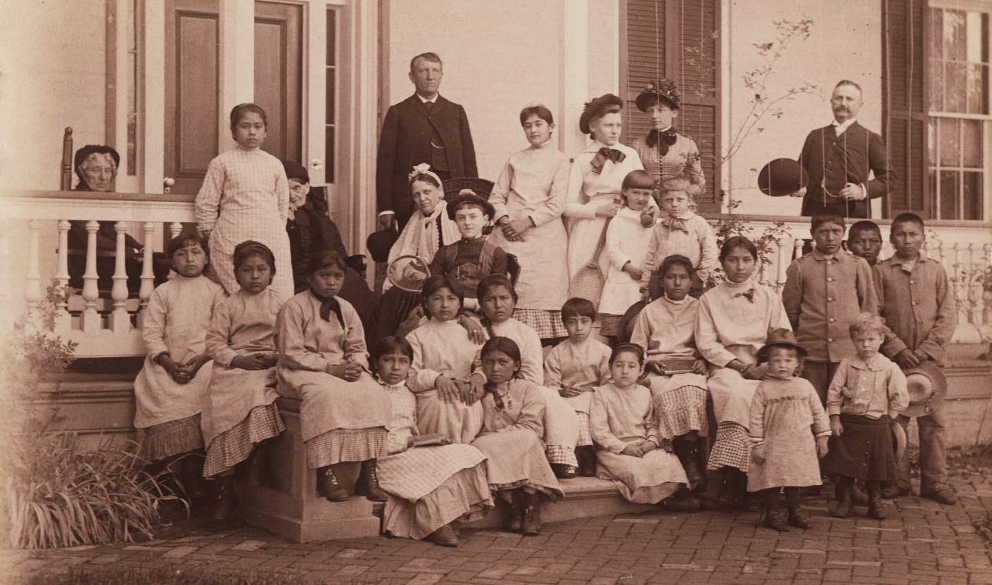 Remembering Native American victims of US schools
